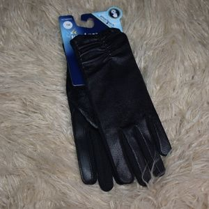 New One Size Isotoner Smart Touch Gloves